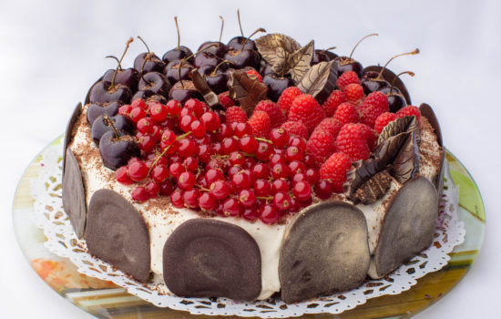 Black Forest keto cake with sour cream