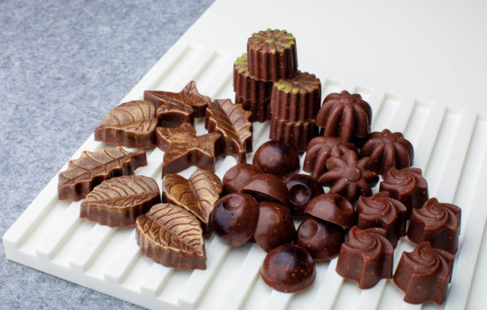 Raw keto chocolate candies