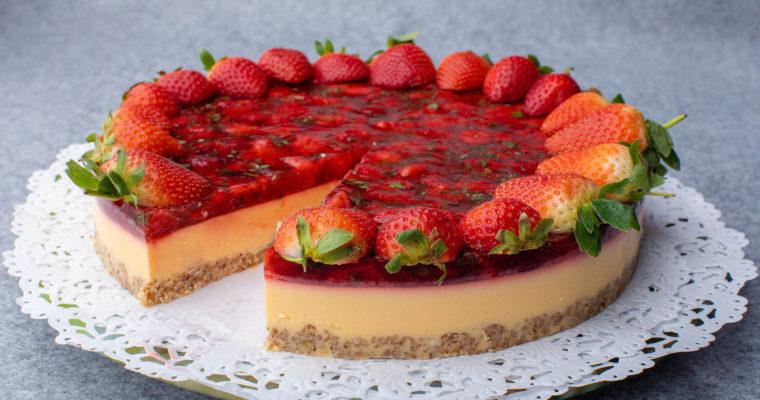 Keto lime&strawberry cake