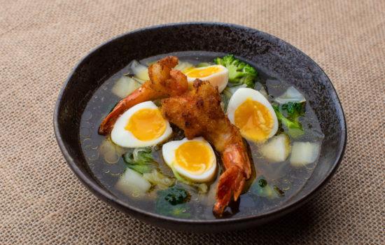 Keto kelp noodle soup with shrimps