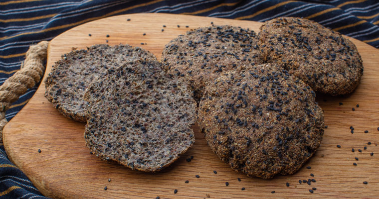 Thin keto dark bread buns