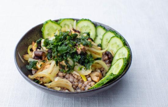 Buckwheat porridge with roasted mushrooms and onions